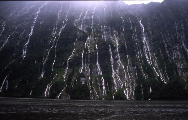 Cascade mountain, Milford Sound